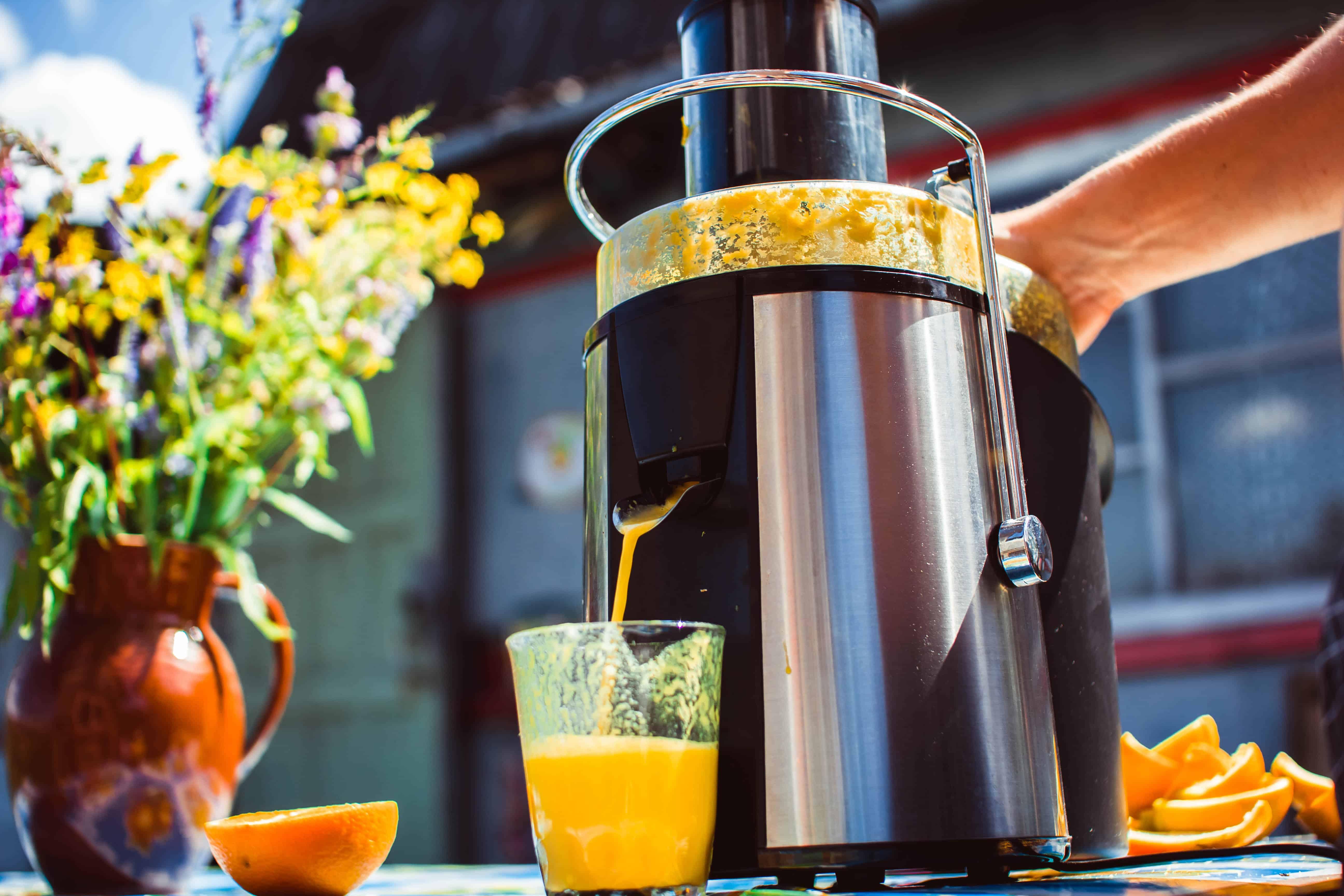 centrifugal juicer juicing oranges